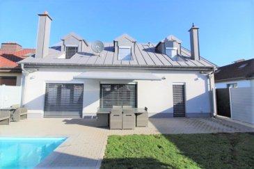 Située dans un quartier calme et privilégié de Esch-Sur-Alzette, venez découvrir cette magnifique maison de 2015 de +/- 160 m2 avec jardin et piscine.<br><br>Bénéficiant d\'un agencement optimal avec des prestations haut de gamme, cette maison à tous les atouts pour vous combler de bonheur.<br><br>Rez de chaussée : <br><br>- Un hall d\'entrée<br><br>- Une cuisine équipée avec ilot central ouvert sur séjour<br><br>- Un grand séjour très lumineux avec accès terrasse<br><br>- Une salle de douche avec WC<br><br>- Une chambre<br><br>1er étage : <br><br>- Trois chambres <br><br>- Une salle de bain avec WC <br><br>Annexe :<br><br>- Une grande terrasse <br><br>- Un jardin<br><br>- Une piscine construite en 2018<br><br>- Un garage <br><br>- Quatre emplacements extérieurs<br><br>Proche de toutes commodités, à moins de 2 min des axes autoroutiers.<br><br>Pour plus d\'informations ou programmer une visite merci de contacter <br>Emmanuel : 691 355 050<br>E-mail : manuefapromo@gmail.com