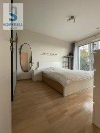 Découvrez ce bel appartement très lumineux avec une surface de 57 m2 disposant de une chambre à coucher.<br>Au rez-de-chaussée d\'une Résidence avec ascenseur celui-ci s\'avère idéal pour personne à mobilité réduite.<br>La Résidence fut construite en 2017.<br><br>Il se compose comme suit:<br>- Hall couloir<br>- Chambre à coucher de 15,37m2 avec accès au jardin de 35m2.<br>-  Cuisine ouverte sur le living donnant également sur une terrasse de 10m2 et au jardin.<br>- Salle de douche<br>- WC séparé<br>-  2 emplacement intérieurs et accès directe a la cave<br><br>Conditions:<br>- CDI exigé<br>- 2 mois de caution<br>- 1 mois de frais d\'agence<br><br>Loyer 1200€ hors charges<br><br>Dossier à nous faire parvenir:<br>- pièce d\'identité<br>- carte de sécurité social<br>- contrat de travail<br>- les trois dernières fiches de salaire<br><br>Les visites seront réalisés après réception des dossiers solvables.<br><br>Pour plus de renseignements contactez-nous au Tél: 28 11 22-1 ou sur info@homesell.lu