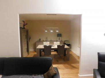 pour investisseur. Au 2e etage appartement de 102 m2 au centre de joeuf sans aucun travaux<br/>il se compose de deux grandes  chambres  une cuisine equipee<br/>un grand salon sejour  une salle de bain un wc un cellier  le tout en parquet  plus une cave  et un grand grenier coup de coeur assure actuellement loue 500 e par mois<br/>vous pouvez prendre contacte avec  M R  HARMENT JP<br/>Copropriété de 6 lots (Non soumis à un impayé).<br/>Charges annuelles : 1200.00 euros.