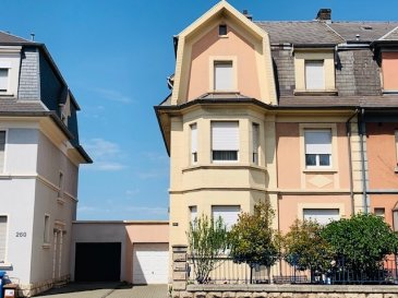 Grande maison maître :  Rez-de-chaussée: - Hall d'entrée - Wc séparé - 1 chambre à coucher - Salon / Living sortie vers terrasse  - Cuisine équipée   1er étage: - Bureau  - 2 chambres à coucher  - Salle de bains  - Terrasse   2ème étage : - Hall de nuit  - Wc séparé - Salon avec cuisine équipée  - 2 chambres à coucher   3ème étage: - Grenier aménageable   Sous-sol: - Grande cave  - Buanderie   - 1 Garage pour 1 voiture  - 2 emplacements extérieur   - Situation calme  - 5 minutes du Belval     Nous vous invitons à nous rendre visite ou contacter l'un de nos commerciaux pour plus d'informations.  M. Moura Jemp  +352621216646  M. Marc Risch  +352621210333   Les surfaces et superficies sont indicatives  Rejoignez-nous sur Facebook : Newjomar Belval