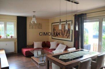 L'agence CIMOLUX vous propose un bel appartement situé à Crauthem dans une zone calme avec une superficie de +/-110m2.  L'appartement dispose un hall d'entrée, un salon/salle à manger avec sortie sur la terrasse, une cuisine équipée, 3 chambres à coucher, une salle de bain, un WC séparé, un garage box fermé et une cave.  Pour plus d'informations contactez Jenny NETO au 691 85 77 08 on parle français, allemand, anglais, luxembourgeois, portugais et italien.  Pour l'obtention de votre crédit, notre relation avec nos partenaires financiers vous permettront d'avoir les meilleurs conditions. Ref agence :1441914
