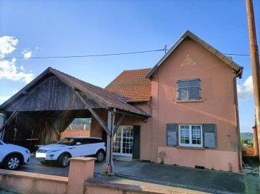 Maison Bitche. Maison individuelle à Bitche, composée au RDC d\'un très grand séjour, cuisine accès extérieur, salle d\'eau, 1 chambres. A l\'étage 3 chambres, palier, salle de bain.<br/>Sur un terrain de 9 ares dans une rue calme<br/>Divers: double vitrage PVC, chaudière de 2004, parkings et carport. Travaux à prévoir.<br/><br/>Contact Nord sud immobilier<br/>Bitche - Rohrbach les Bitche - Sarreguemines<br/>03 72 64 01 02