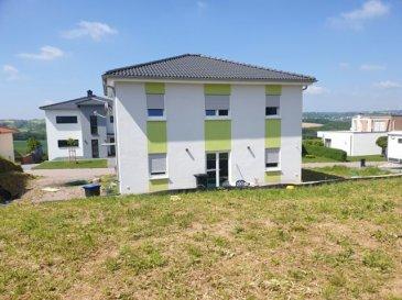 FREUDENBURG 15 MIN VON REMICH  Baujahr 2016 +-140m2 Wohnfläche +-8 ares Grundstück -5 Schlafzimmer -1Badezimmer -1Gästewc -Wohn/Esszimmer -Einbauküche -Keller,Waschküche, HWR -Garage möglich  Preis: 429.000 €