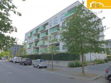 --- LOUE ---  --- RENTED ---  Très bel appartement lumineux situé au rez-de-jardin d'une résidence de 2010 de haut standing dans le quartier résidentiel du Kirchberg.  Ce bien se compose de :  - 1 spacieux living de 41,86 m2 avec accès terrasse de 10,39 m2 et le jardin privé - 2 jardins privés de 64 m2 - 2 belles chambres à coucher de 12,88 m2 et 13,80 m2 avec accès direct au jardin - 1 belle cuisine équipée ouverte dans le living - 1 salle de bains avec baignoire - 1 WC séparé - 1 cave privée et 1 buanderie commune - 1 emplacement intérieur privé - Libre 01/10/2019 - Surface utile: 172,24 m2 - Surface habitable net : 82 m2  N'attendez plus, contactez-nous par mail sur info@gng.lu ou au 621 366 377.  Découvrez toutes nos offres sur www.gng.lu