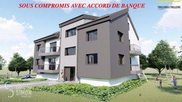 SOUS COMPROMIS Appartement de 88,08 m2 et d'un balcon de 5,81 m2 au premier étage. Comprenant double séjour avec cuisine ouverte (38,05 m2), balcon, 2 chambres à coucher (11,15 et 13,20 m2), débarras, salle de douche, toilette séparée. Garage et emplacement extérieur.   Résidence Am Lëtschert à Boevange-sur-Attert, 75, rue de Helpert. Commune de Helperknapp  Elle se situe à 12 minutes de Mersch, 11 minutes de Colmar-Berg, 6 minutes de Bissen et 27 minutes du Kirchberg et 23 minutes de Diekirch. Elle se compose de 4 appartements de 61 m2 à 200 m2. Chaque appartement dispose d'un garage intérieur et un emplacement extérieur.  Chaque appartement a été aménagé avec un grand soin de détail et offre des prestations et des matériaux de grande qualité, dont quelques exemples de finitions: -Triple vitrage -Balustrade en verre -Ventilation controlée -Revêtement de sol haut de gamme -Equipement sanitaire contemporain et complet. -Chauffage à Pellets  Tous les prix annoncés s'entendent à 3% TVA, sujet à une autorisation par l'administration de l'enregistrement et des domaines. Garantie décennale, Garantie d'achèvement et Garantie TRC. Ref agence :Appart 01-lot 012