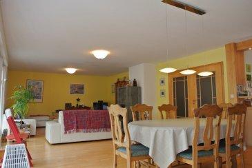 Français:  Sous-sol:  - garage pour 4 voitures (73m2),  - débarras, - chaufferie / chauffage au fioul, - grande pièce buanderie, - sauna avec douche;  Rez-de-chaussée:  - hall d'entrée - WC séparé  - cuisine ouverte, donnant sur salon / salle à manger = pièce spacieuse de ±50m2 avec feux ouvert /cheminée et accès à la grande terrasse, - 4 chambres à coucher (entre 13m2 et 18m2 chacune), - 1 salle-de-bains avec douche, baignoire, double lavabo & WC;  1er étage: - 2 grandes chambres (20m2 & 24m2 au sol), - 1 salle-de-bains avec douche et baignoire, - 1 WC séparé,   Grande terrasse (86m2), jardin terrassé   English:  Basement:  - garage for up to 4 cars (73m2),  - storage room, - sauna room with separate shower, - boiler room (fuel heating), - large laundry room;   Raised ground floor: - entry hall - guest WC - plan kitchen open to the spacious living/dining area (50m2) with wood-burning oven and facing the large terrace, - 4 bedrooms (from 13m2 to 18m2 each room), - 1 bathroom with shower, bath, double sink & WC;  Loft: - 2 large rooms (20m2 & 24 m2 on the floor), - 1 bathroom with shower and bath, 1 separate WC, - built-in cupboards;   Big terrace ( 86m2), terraced garden (dry stone wall).