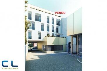 Nous vous proposons à la vente dans le nouveau projet  immobilier de standing « Place Benelux » :  Un penthouse neuf (6-T3) de +/- 115.52 m2 qui se compose comme suit:  - Deux grandes terrasses (+/- 40 m2) - Une grande cuisine ouverte - Un grand living - Trois chambres à coucher - Trois salles de bain  Ce nouveau projet  à l?architecture contemporaine est constitué de 5 maisons en bande, d?une résidence de 6 appartements et d?un local commercial.  Il est idéalement situé à la Place Benelux, dans le quartier résidentiel d?Esch nord, quartier calme et accueillant, qui possède encore de petits magasins de proximité, d?autres infrastructures (telles que piscine, école, crèches, hôpital ?) ou services (poste, banques etc), se trouvent aussi dans ce quartier. Les transports en commun ainsi que l?autoroute A 4 se trouvent à quelques mètres.  A 5 minutes en voiture du site Belval.  Les prix indiqués comprennent la TVA à hauteur de 3%, il y a la possibilité d?acheter en supplément des emplacements de parking intérieurs.  N?hésitez pas à nous contacter pour de plus amples renseignements, les plans et cahier de charges sont à votre disposition sur  simple demande.    Commission d\'agence comprise dans le prix à la charge du vendeur.   Ref agence :EACVB69-79A4_6