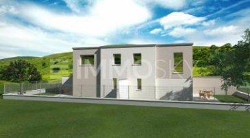 M572992B A SAISIR  Cet appartement duplex dans résidence moderne de 4 lots  ,<br><br>Offrant de plain pied avec sa terrasse et son jardin très bel espace séjour avec son espace dédié à la cuisine à aménagé, wc suspendu avec lave main et accès à l\'étage .<br><br>Espace nuit offrant 2 chambres de 11.50 m² et 12m², un dégagement un dressing de 4m², un wc et une salle de bain de 5m² a aménager.<br><br>Cet appartement est proposé dans les finitions prête a décorer :<br>Revêtement sol à prévoir<br>Peinture décorative à prévoir et installation cuisine et salle de bain à prévoir également<br><br>Type de chauffage: pompe à chaleur<br>Électricité RT 2012<br>Fenêtre PVC et volets motorisés<br><br>Le Jardin clôt et 2 places de parking extérieur devant la résidence complètent cette offre d\'achat à saisir à CHARLY ORADOUR,voisin :<br>ENNERY, MALROY, CHIEULLES, SAINT JULIEN LES METZ ET METZ CENTRE  Pour plus d\'informations Philippe DELAPORTE, Conseiller spécialiste du secteur, est à votre entière disposition au 06 86 27 69 62 .<br>Honoraires à la charge du vendeur.