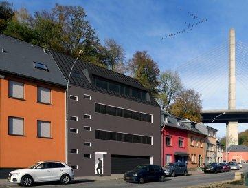 Nouvelle construction d'une résidence à 3 unités à  Hesperange à proximité du centre de la Ville de Luxembourg ainsi que du nouveau quartier de la Cloche d'or.  L'appartement situé au 2ième étage dispose de :  Hall d'entrée, grand living/salle à manger avec accès au balcon, cuisine ouvert, 3 chambres à coucher dont 1 dispose d'un petit dressing, 1 WC séparé, 1 salle de bain + WC, balcon, cave et 2 emplacements intérieurs.  Prix de vente affiché avec 3% de TVA.  La résidence dispose de belles finitions et un ascenseur.