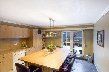Veuillez contacter Cristina Ferreira pour de plus amples informations : - T : +352 621 504 529 - E : cristina.ferreira@remax.lu  Description:  REMAX, Spécialiste de l'immobilier à Differdange, vous propose, à la vente, un magnifique appartement de 103 m².   Construit en 1977 et entièrement rénové, ce superbe appartement avec une très grande terrasse se compose comme suit :  - Salon/Salle à manger et salon d'hiver, cuisine équipée installée il y a deux ans, trois chambres à coucher, Salle de douche, une cave privée et une buanderie commune.  Toutes les fenêtres disposent de volets électriques.  Differdange compte 26 500 habitants. Elle se classe ainsi comme la troisième ville la plus peuplée du Luxembourg. La ville dispose de cinq écoles situées dans les différentes localités. Elle compte aussi de nombreuses crèches installées dans l'ensemble de son territoire. Le centre commercial Opkorn est un passage obligatoire pour ses habitants.  Visite virtuelle : https://premium.giraffe360.com/remax-select/608a153f27524933978683eda7070794/  Frais d'agence RE/MAX : 3 % du prix de vente + TVA à charge de la partie venderesse