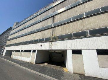 REAL G IMMO vous propose 1 parking intérieur idéalement situé à Luxembourg-Gare.  INFORMATIONS COMPLÉMENTAIRE - Loyer : 200.-€ - Caution : 600.-€ Ref agence :73266