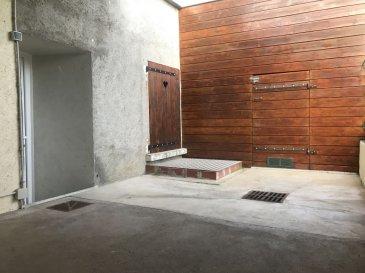 MAISON 4 - ROYAUMEIX. NOUVEAU ! A Royaumeix, un joli village situé à moins de 15 minutes de TOUL.Découvrez cette jolie maison entièrement rénovée ces dernières années vous offrant un vaste séjour très lumineux, ouvert sur une cuisine équipée, 3 chambres, une salle de douche, WC séparés, cave. Vous profiterez également d'un garage à motos/vélos ...Le tout agrémenté d'une jolie cour intimiste ainsi que d'un terrain situé juste en face de la maison, où se trouve un vaste abri idéal pour stockage, atelier etcAucun travaux à prévoir ! Prix: 110 000 euros FAI, frais d'agence à la charge du vendeur.- barème honoraires : www.tfimmo.com /nos-honoraires.php - Contact : 06.68.08.05.71 - egerardin.tfimmo@gmail.com