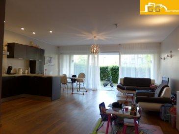 Très bel appartement lumineux situé au rez-de-jardin d'une résidence de 2010 de haut standing dans le quartier résidentiel du Kirchberg.  Ce bien se compose de :   - 1 spacieux living de 41,86 m2 avec accès terrasse de 10,39 m2 et le jardin privé  - 2 jardins privés de 64 m2  - 2 belles chambres à coucher de 12,88 m2 et 13,80 m2 avec accès direct au jardin - 1 belle cuisine équipée ouverte dans le living - 1 salle de bains avec baignoire  - 1 WC séparé - 1 cave privée et 1 buanderie commune - 1 emplacement intérieur privé - Libre 01/10/2019 - Surface utile: 172,24 m2 - Surface habitable net : 82 m2   N'attendez plus, contactez-nous par mail sur info@gng.lu ou au 621 366 377.  Découvrez toutes nos offres sur www.gng.lu