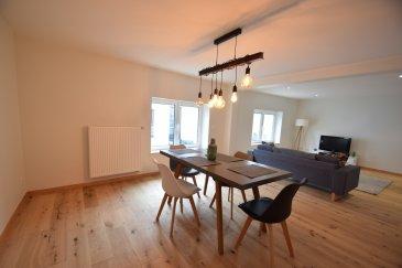 ------SOUS COMPROMIS-------Exclusivité, ImmoHouse vous propose cette superbe maison entièrement rénovée à Dalheim.  Située dans une rue calme et disposant d'une surface habitables de 220m² habitables cette maison se compose de:  Au rez de chaussée: - Un agréable hall d'entrée - Un appartement avec entrée indépendante avec salon, cuisine, chambre, salle de douche et wc - 2 garages fermés - Un espace buanderie - Plusieurs espaces rangements  Au 1er étage: - Un grand salon/salle à manger  - Une grande cuisine équipée fermée - Deux grandes chambres à coucher - Une salle de bain avec wc et fenêtre  Au 2ème étage: - 2 grandes chambres à coucher avec dressing intégré - Une grande salle de bain avec douche et fenêtre  Une superbe maison idéale pour une grande famille, un bien à découvrir rapidement....