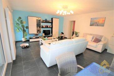 REAL G IMMO vous propose en vente ce bel appartement  au rez-de-chaussée avec terrasse et jardin privatif, dans une résidence de 2012, très bien entretenue, situé à Niederkorn.  Ce bien vendu meublé; vous offre une belle surface de  /-102.32m2 qui se compose comme suit: hall d'entrée, spacieuse cuisine entièrement équipée, living/ salle à manger donnant sur 2 terrasses et jardin privatif de 1.82m2, WC séparé avec armoire sur mesure, salle de bain, 1 pièce pouvant se servir de bureau ou dressing et grande chambre à coucher.  Au sous-sol: une cave privée, une buanderie commune et 2 emplacements intérieurs complètent le tout.  AUTRES INFOS: - triple vitrage avec volets - alarme installé - pas de travaux à prévoir - garantie décennale jusqu'à 2022  Pour tous renseignements complémentaires ou une visite (visites également possibles le samedi sur rdv), veuillez contacter le 28.66.39.1.  Les prix s'entendent frais d'agence de 3 % TVA 17 % inclus. Ref agence :72951