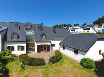 L'agence Property Invest vous propose:   A vendre un splendide corps de ferme entièrement rénové en 2001 avec une surface habitable de +/- 315m2 construite dans les années 1860. Le bien est situé au calme du village de Vichten. La propriété est idéale pour des amateurs de chevaux.   La fermette dispose d'un rez-de-chaussée avec un grand hall d'entrée (49,50 m2) donnant accès à la partie habitable de la maison, d'un autre côté à l'écurie.   L'écurie est divisée en sept départements avec des finitions haut de gamme ainsi qu'un grand couloir pour passer avec les machines agricoles. De plus cette partie dispose d'un grenier accessible par des escaliers en béton utilisable en tant que stockage de paille ou matériels. La deuxième partie de l'écurie se trouve annexée à la fermette principale par accès d'un grand portail en bois.   La partie habitable de la maison divisée en deux étages avec une surface habitable d`environ 323m2. Au rez-de-chaussée se trouve un grand hall d'entrée, deux salons dont un est équipé par un four au feu de bois, d'une cuisine équipée (14,15 m2), d'une salle de douche avec buanderie. (7,05 m2).   Le premier étage dispose de quatre chambres à coucher (24,05 m2 / 23,31 m2 / 26,50 m2 / 17,34 m2), deux salles de bain avec WC (11,00 m2).  Au 2e étage se situe un studio/ appartement de +/- 80 m2 habitables et accessible par la cour intérieure.  La propriété est entourée par un magnifique jardin d'une surface approximative de 17,47 ares.   N'hésitez pas à nous contacter pour des informations supplémentaires.  Cordialement  Property Invest Team  +352 671 888 777 www.propertyinvest.lu Ref agence :6079337