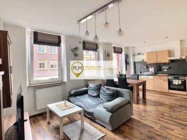 PLM Immobilière & Gestion du Patrimoine vous propose un appartement meublé de 50m² avec 1 chambre à coucher. Endroit touristique dans le centre de Remich, à 2 pas des commerces et de la Moselle.  Au 1er étage sans ascenseur d'une petite copropriété.  L'appartement est lumineux et meublé entièrement. Il se compose comme suit :   - 1 grande chambre de 16m² - 1 living ouvert sur cuisine de 26m² - 1 Salle de bain  avec douche italienne - 1 Petite Terrasse   Proche des commerces, des transports en commun et de toutes commodités Accès facile au Kirchberg.  Disponibilité : 1er Octobre 2021 Durée du contrat : Minimum 6 mois Contrat de travail demandé  Pour davantage de renseignements et visites merci de contacter Pierre-Laurent Morimont au 691.210.784. ou par e-mail : info@plm-immo.lu