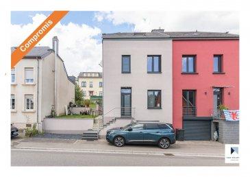 *** SOUS COMPROMIS *** SOUS COMPROMIS *** SOUS COMPROMIS ***  Située à Wecker dans la commune de Biwer,à 10 min en voiture de Kirchberg et de Findel, cette maison libre de 3 côtés a été totalement rénové en 2019. Elle présente une surface habitable ± 91 m², pour une surface totale ± 125 m² et se compose compose comme suit :  Le rez-de-chaussée, Bel étage se compose d'une entrée avec escalier et salon ± 18 m², d'une cuisine ± 17 m² équipée et aménagée (four, micro-ondes, cuisinière au gaz, hotte aspirante, lave-vaisselle, plan de travail en bois, nombreux rangements, crédence carrelée gris foncé...), avec un accès à une terrasse ± 53 m², orientée Sud-Ouest avec vue sur le jardin.  Au 1er étage, un palier ± 4 m² dessert 2 chambres ± 7 et 13 m² ainsi qu'une salle de bain ± 13 m², (avec baignoire coquillage, lavabo et wc).  Le 2ème étage, sous combles, dispose d'un palier ± 4 m², 2 chambres ± 7 et 9 m² et une salle de douche ± 3 m², (avec douche, lavabo, wc, chauffe-serviette).  Le sous-sol, comprend une cave ± 17 m² et un garage ± 17 m².  Détails complémentaires:  - Maison entièrement rénové en 2019 par entrepreneur;  - Autorisation pour agrandir à l'arrière;  - CPE: G-G;  - Triple vitrage, chassis en PVC, volets électriques (commande par    téléphone), velux avec châssis en bois et triple vitrage;  - Chaudière au gaz par condensation, chauffage par radiateurs;  - Vidéophone, spots encastrés, fibre optique, Sat TV, Post TV, porte de -    garage électrique;  - Mur en scandatex et peinture,  - Sol en carrelage et laminé;  - Servitude du tube de cheminée au voisin;  - Toiture en ardoise et en bon état;  - Village résidentiel calme tout en restant proche de Luxembourg-ville;  - Proximité autoroute, aéroport, ville, commerces, gare, écoles et crèches;  - A 10 min. du Kirchberg et 15 min. du centre-ville de Luxembourg.  Agent responsable du dossier: Nora Avdic Tél: +352. 621. 588. 854 Email: nora@vanmaurits.lu