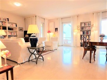 RE/MAX Select, spécialiste de l'immobilier au Luxembourg, vous propose en location dans une résidence de standing, ce joli appartement lumineux de 2 chambres. Il dispose d'une superficie habitable d'environ 120m². De très beaux volumes s'offrent à vous, il se compose comme suie : - Un vaste hall d'entrée - Une cuisine équipée neuve et fonctionnelle électroménagers EAG est en cours installation : - Un spacieux living lumineux d'environ 30m² donnant accès a une terrasse de 20m² environ, - De 2 grandes chambres à coucher de 17m² et 13m², donnant accès un balcon de 7m² - D'une salle de bain et un WC séparé,- Une cave privative, un garage et une buanderie commune. Cet appartement est d'une qualité et d'une prestation de grand standing grâce à une sélection rigoureuse des matériaux utilisés. L'appartement sera entièrement repaient. - Proche de toutes commodités. À visiter… Disponible à partir du 01/05/2018.
