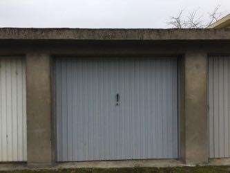 Quentin d'Alexandre (+352 621 277 416) et RE/MAX Partners, spécialiste de l'immobilier  vous propose à la location un garage dans le secteur de METZ Technopôle.  Possibilité de garer une voiture devant le garage.  Adresse : rue du bon pasteur Ref agence :5095919
