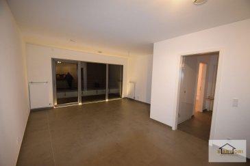 SARTORI, agence immobilière à Bettembourg vous propose  en location ce magnifique appartement de 60 m2 située au 3ème étage avec ascenseur, dans une résidence très calme à Bettembourg.  L'appartement se compose d'un hall d'entrée, d'une salle de bain avec WC, d'un grand salon séjour avec une cuisine ouverte / équipée ainsi que d'une chambre donnant accès à un balcon avec une vue formidable.  Vous disposerez également d'une cave et d'une buanderie privative.  -----CONDITIONS-----   - Uniquement réserver pour des personnes âgées de 55 ans ou plus (résidence-service)  Pour plus de renseignements, veuillez-contacter MR FERNANDES au 691 668 542  Ref agence :B567
