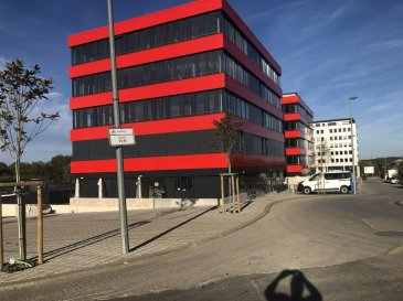 Nouvelle Construction de 3 Immeubles de bureaux comprenant des plateaux à partir de 444 m2 jusqu'à 607m2, conforme aux dernières réglementations environnementales européennes, comprenant 250 places parkings.     Description situation: Ce projet immobilier bénéficie d'une situation unique, car situé à Livange,au sud de la capitale(10min),dans la commune de Roeser ,avec facilités d'accès immédiate à l' autoroute allant vers la France , à 8 Km du centre de Luxembourg et à 10 Km de l'aéroport international. Restaurations et Hôtel IBIS / ACCOR /restaurant TURI sont situés sur le même site. Parmi les occupants ayant déjà choisi cette localisation citons parmi d'autres Valentino Caffè , Socotec,Olky,Regus,crèche groupe Lavorel....  Ref agence :Domaine de livange B04
