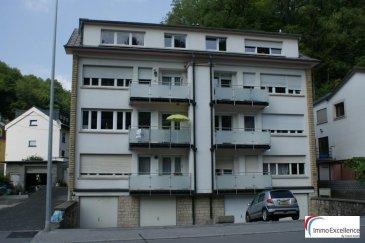 VENDU !! IMMO EXCELLENCE vous propose en exclusivité ce joli appartement d'environ 76 m2 de surface habitable situé au 1er étage d'une Résidence à 4 unités. L'appartement se compose comme suit : Un hall d'entrée ( 7.01 m2 ), un living ( 26.08 m2 ), une cuisine équipée ( 5.24 m2 ), une salle-de-douche ( 4.48 m2 ), une terrasse ( 5.62 m2 ), une chambre-à-coucher ( 16.68 m2 ), une deuxième chambre-à-coucher ( 13.63 m2 ), une cave ( 4,12 m2 ), un garage ainsi qu'un emplacement extérieur. Situation idéale à seulement quelques minutes du centre ville. A voir absolument !! Ref agence :3426719