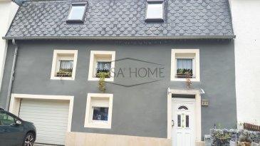 Charmante maison érigée sur un terrain de 6.38ares, d\'une surface de 285m², elle dispose d\'un grand jardin arboré et clôturé.<br><br>Comprenant :<br><br>Au rez-de-chaussée: un hall d\'entrée avec des placards intégrés, un WC séparé, une spacieuse et lumineuse pièce de vie ouverte sur une cuisine équipée donnant accès à une grande véranda, à la terrasse et au jardin.<br><br>Au premier étage : un hall désert 3 spacieuses chambres à coucher et une salle de bains.<br><br>Au deuxième étage : 4 chambres à coucher et une salle de bains avec douche italienne et WC.<br><br>Au fond du jardin des annexes divisé en 3 pièces (salle de sport chauffée, Atelier et une pièce avec four à pain).<br><br>Pour compléter ce bien vous disposez d\'un garage et trois emplacements devant la maison.<br><br>Pour toutes questions ou demandes d\'informations, n\'hésitez pas à nous contacter, nous serons toujours à votre service<br><br>Agence ELSA\'HOME à votre écoute pour la concrétisation de vos projets en toute confiance.