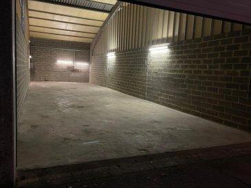 DALPA S.A. vous propose à louer, une surface de stockage de +/- 115m² sur une hauteur en moyenne de +/- 6m situé à Fentange commune de Hesperange.   Disponibilité : immédiate   L'objet se trouve : 134 Rue de Bettembourg, L-5811 Fentange.  Charges mensuelles : 50 €  Garantie bancaire ou caution : 3 mois de loyer   Le quartier de Fentange offre un accès rapide aux principaux axes autoroutiers. Situé à proximité de la gare de Luxembourg (+/- 12min) et du centre-ville (+/- 15min).   Nous sommes à votre entière disposition pour tous renseignements complémentaires ou visites des lieux. Veuillez contacter Antonio Lobefaro sous le numéro + 352 621 469 311 ou par mail sur info@dalpa.lu   Si vous souhaitez vendre ou louer votre bien, nous mettons à votre disposition notre professionnalisme, savoir-faire ainsi que notre qualité de service. Nous vous proposons des estimations rapides, gratuites et réalistes.  ENGLISH VERSION  DALPA S.A. offers you for rent, a storage area of +/- 115m² on an average hight of +/- 6m located in Fentange commune of Hesperange.  Availability: immediate  The object is located: 134 Rue de Bettembourg, L-5811 Fentange.  Monthly charges: 50 €  Bank guarantee or deposit: 3 months rent  The district of Fentange offers quick access to the main motorways. Located near Luxembourg's main train station (+/- 12min) and the city center (+/- 15min).  We are at your entire disposal for any further information or site visits. Please contact Antonio Lobefaro under the number + 352 621 469 311 or by email on info@dalpa.lu  If you want to sell or rent your property, we provide you with our professionalism, know-how and our quality of service. We offer you fast, free and realistic estimates.
