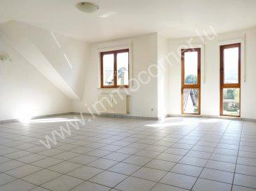 Immo Corner votre agence immobilière disponible 7j/7j vous propose un appartement de 110m2 de 2 chambres à coucher dans une petite résidence de 4 appartements à Lorentzweiler.  + possibilité de faire une 3e chambre!   L'appartement se compose comme suit: - spacieux hall d'entrée, - espace ouvert très lumineux reprenant living et salle à manger de 35m2, - balcon couvert de 5,6m2 accessible à partir du living,  - cuisine semi-ouverte de 17m2, - débarras près de  la cuisine de 2,5m2, - hall de nuit,  - chambre à coucher de 20m2, - chambre à coucher de 21m2 avec sortie sur balcon, - salle de bains de 6m2 avec 2 lavabos, baignoire et emplacement pour machine à laver,  - wc séparé avec lavabo,   - cave privative de 7,5m2 avec une prise, - garage privatif fermé. - directement disponible,  - travaux de rafraîchissement à prévoir.   Pour toute information supplémentaire votre agent immobilier Immo Corner se tient à votre entière disposition.  Immo Corner +352 621 54 74 74
