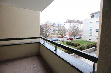 THIONVILLE F2 avec terrasse et parking.. Dans résidence de standing, proche du centre-ville, appartement 2 pièces d\'environ 40m2:<br>une entrée avec placard, un séjour avec kitchenette donnant accès à la terrasse. Une chambre, salle de bains.<br>Parking privatif.<br>Chauffage individuel au gaz.<br><br>Renseignements et visites:<br>Julie Lukas 06.85.83.77.60<br>Karine Karas 06.08.31.19.87<br>