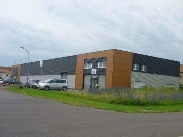 ---------------  06.150.144.36 -------------- <br>FLORANGE :<br>A louer local à usage commercial ou industriel de 450 m² avec  facilité d\'implantation pour entreprise. <br>LOYER  2 250 euros hors TVA <br>DEPOT DE GARANTIE : 4 500 euros hors TVA <br />Ref agence :2283629