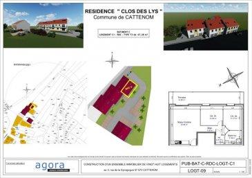 PROGRAMME NEUF CATTENOM-SENTZICH  Cattenom-Sentzich à 15 mn de Thionville au calme dans un environnement verdoyant et à mi-chemin du Luxembourg,  4 résidences de 4 appartements F3 de GRAND STANDING  Dernières disponibilité, F3 en rez-de-chaussée, de 67.38 m² en  avec terrasse de 16.08 m², offrant :  un hall d'entrée, une cuisine ouverte sur salon-séjour 30 m², accès à une spacieuse terrasse offrant une vue ouverte,  2 chambres de 12 m²et 11.70 m², une salle de bains de 6 m². Larges ouvertures vitrées assurant un ensoleillement optimum.  Très belles prestations dont : - porte sécurisée - vidéophone - double exposition - double vitrage - volets électriques,  - chauffage par le sol et poêle à pellet, - Ballon thermodynamique - Carrelage grès cérame, parquet dans les chambres,  - garage équipé d'une porte motorisée et parking.  Construction en terre cuite ' Isolation extérieure Prestations électriques et sanitaires de haute qualité  Prévision DPE : B livraison 3ème TRIM. 2022, RT2012 FRAIS DE NOTAIRE RÉDUITS env. 2.5 %  A partir de 187 926 ' le F3 Honoraires à la charge du vendeur Garage 10 000 euros / Parking privatif 3 000 euros  POUR PLUS DE DÉTAILS, CONSULTEZ-NOUS  Agora Immobilier Thionville : 03 82 54 77 77