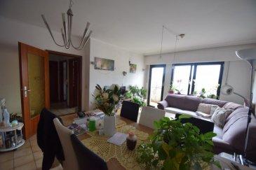 ImmoHouse vous propose ce superbe appartement 1 chambre idéalement situé à Luxembourg-Gare.  Au 4ème étage d'une résidence avec ascenseur cet appartement de 49m² se compose de :  -Un hall d'entrée -Un grand salon/salle à manger avec accès balcon -Une cuisine équipée fermée avec possibilité d'ouvrir sur le séjour -Une chambre à coucher -Une salle de bain avec wc  A cela s'ajoutent: -Une cave privative -Une buanderie  Idéal pour un investisseur ou première acquisition...  Infos et visites sur rdv