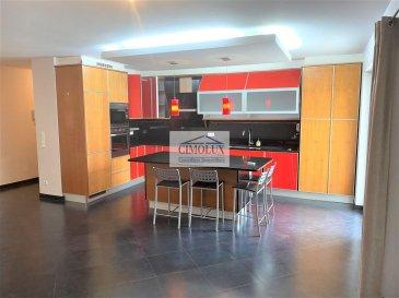 L\'agence CIMOLUX vous propose un appartement situé à Schifflange avec +/-110m2.<br><br>L\'appartement dispose un hall d\'entrée, un salon/salle à manger avec sortie sur la terrasse et jardin, une cuisine équipée, 3 chambres, une salle de bain, une salle de douche, un garage box fermé et une cave.<br><br>Prix 925.000€ <br>(frais d\'agence compris 3% + Tva 17 % à la charge du vendeur)<br><br>Pour plus d\'informations n\'hésitez pas à nous contacter on parle français, allemand, luxembourgeois, anglais, portugais et italien.<br><br>Pour l\'obtention de votre crédit, notre relation avec nos partenaires financiers vous permettront d\'avoir les meilleures conditions.