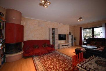 **--MAGNIFIQUE APPARTEMENT A VOIR--***                        EN EXCLUSIVITÉ  Mr. SANCHEZ (+352 691 222 625 ) de SARTORI agence immobilière à Bettembourg vous présente ce fabuleux Appartement à Bettembourg avec JARDIN, GARAGE, EMPLACEMENTS et UNE CHEMINÉE .  L'appartement, situé au Rez de chaussé est configuré comme suit:  - un hall d'entrée  - 2 harmonieuses chambres à coucher dont une avec un accès au balcon. - Possibilité de faire une troisième chambre  - un vaste et lumineux double séjour avec cheminée   - une cuisine équipée avec accès au balcon de 11m2 et un accès au jardin .  - un débarras avec connexion pour machine à laver   - 1 salle de bain  - Charges mensuelles à 250 € ( 4 personnes )   Pour plus d'informations vous pouvez prendre contact avec  Mr SANCHEZ au 691 222 625.