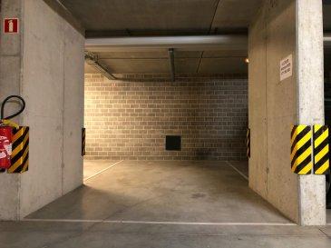 B&C Immobilière vous propose à la location 4 places de parking à 200M de la Belle Etoile.  Loyer mensuel : 105€ charges comprises   Contact : +352 671050392