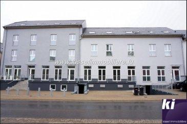 RENDEMENT BRUT 3.6 Beaufort Surface Utile +/- 1 000 m², réalisation 2015  La résidence est composée de 8 Appartements et 1 Local Commercial :  1/1 Duplex 4 Chambres +/- 170 m² 2/1 Duplex 3 Chambres +/- 120 m² avec Terrasse 3/1 Duplex 3 Chambres +/- 100 m² 4/1 Appartement 3 Chambres +/- 130 m² 5/1 Appartement 2 Chambres +/- 130 m² 6/1 Appartement 1 Chambre +/-77 m² avec Terrasse 7/2 Appartements 1 Chambre +/-55 m²  Chaque appartement dispose d'une cave et d'1 Parking  6 Parkings Visiteurs  Local Commercial, prévu pour la Restauration +/- 45 Couverts -Bar +/- 54 m² avec comptoir, tabouret, frigo boissons, tireuse à bière. -Salle de Restaurant +/- 117 m² à équiper 40 à 50 Couverts -Cuisine +/- 38m² à équiper -Wc Homme , Femme -2 Reserve -1 Vestiaire avec Douche   Pour plus de renseignements contacter Alexandre Kissel au 27 62 12 35  Ref agence :4679932