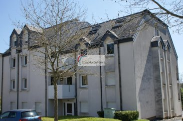 RESERVE !! IMMO EXCELLENCE vous propose en exclusivité ce joli et moderne appartement d\'une surface de 52 m2 situé au deuxième étage d\'une Résidence. <br><br>L\'appartement se compose d\'une moderne cuisine équipée et ouverte, d\'un double séjour avec accès direct sur un balcon, d\'une grande chambre-à-coucher, d\'une moderne salle-de-douche, d\'une cave ainsi que d\'un garage muni d\'une porte électrique. <br><br>L\'appartement dispose également d\'un câblage, réseau internet avec des prises dans chaque pièce. <br><br>Situation idéale, à proximité de toutes commodités et à seulement 15 minutes du centre-ville de Luxembourg.<br><br>La disponibilité est le 01.06.20201.<br>