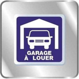 Garage en sous sol - Strasbourg  Foret Noire. A louer à proximité du Boulevard de La Victoire et proche de toutes les commodités, garage fermé en sous-sol. Disponible de suite. Loyer : 78€ charges comprises (dont 3€ de provisions sur charges) Dépôt de garantie : 75€ TTC Honoraires de locations : 100 € TTC HEBDING IMMOBILIER 03.88.23.80.80