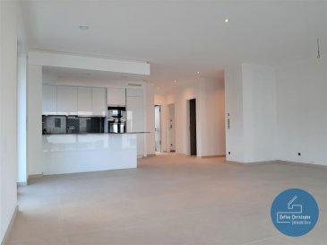 RCI - REFFAY Christophe Immobilien vous présente ici en location au Bridel, un grand appartement de luxe avec les caractéristiques suivantes : <br>- 1er étage<br>- +/- 101 m2  <br>- +/- 20 m2 de terrasse <br>- 2 grandes chambres <br>- 1 cave <br>- 2 parkings intérieurs<br><br>Disponibilité prévue : 01/04/2021<br><br>D\'un standard haut de gamme, la résidence SUZANNE séduit par sa conception structurée et orientée vers une qualité de vie optimale. <br>Chaque lot est proposé avec une terrasse ou un balcon. <br><br>Dans le respect des dernières exigences environnementales, ce bâtiment est classé AA. <br>Pour atteindre ces performances, chaque appartement dispose d\'un chauffage au sol, d\'une ventilation mécanique contrôlée à double-flux, de triple vitrage, d\'une porte blindée, de pergolas extérieures à système de fermeture automatique en cas d\'intempérie sur les balcons des appartements du 1er étage. <br>Tous les appartements disposent d\'une belle terrasse bien exposée accessible depuis le salon. <br><br>Cette résidence offre un confort de vie de haut standing. <br>La disponibilité des appartements est prévue pour le 1er avril 2021. <br><br>Pour tout renseignement ou pour une visite, merci de contacter: <br><br>Christophe REFFAY<br>691 661 661 <br>christophe.reffay@rci.lu<br><br>--------------------------------------------------<br><br>RCI - REFFAY Christophe Immobilien presents here for rent in Bridel, a big luxury apartment with the following characteristics:<br>- 1st floor<br>- +/- 101 m2<br>- +/- 20 m2 of terrace<br>- 2 large bedrooms<br>- 1 cellar<br>- 2 indoor car parkings<br><br>Expected availability: 04/01/2021<br><br>Of a high standard, the SUZANNE residence seduces with its structured design oriented towards an optimal quality of life.<br>The heart of the residence was entrusted and designed by a firm of interior designers.<br>Each set is offered with a terrace or a balcony.<br><br>In compliance with the latest environmental requirements, this building is