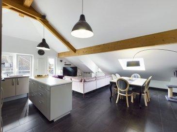 Visite virtuelle :<br>https://premium.giraffe360.com/remax-partners-luxembourg/2bc382e8f5014264b2a1c8a0fc734210/<br><br>Franck GOULIER de RE/MAX Partners, spécialiste de l\'immobilier à Rodange, vous propose en exclusivité à la vente ce superbe penthouse situé au troisième étage de la résidence Lola construite en 2010 comprenant 14 unités.<br><br>Le penthouse dispose d\'une superficie totale de 99,60 m² sous mansardes. Il vous séduira par ses prestations de qualité, sa belle terrasse orientée Sud, sa proximité aux commodités, et bien d\'autres choses encore.<br><br>Il se compose : d\'un hall d\'entrée avec un accès à la superbe terrasse sans vis-à-vis de plus de 40 m² exposée Sud, d\'un WC séparé, d\'un vestibule avec placard de rangement sur mesure, donnant accès à un grand espace de vie de 40 m² comprenant une cuisine équipée ouverte sur un séjour/salle à manger, d\'une première chambre de 13m2 avec accès à un balcon privatif de 2,40m², d\'une deuxième chambre de 19 m2 avec dressing et une salle de douche avec douche italienne et WC.<br><br><br>A tout cela s\'ajoute un double garage « Lift », une cave privative, une buanderie commune. Le mobilier sur mesure est compris dans la vente.<br><br>Caractéristiques supplémentaires : chauffage collectif au gaz, double vitrage, VMC, Fenêtres de toit motorisées avec capteurs de pluie et commande à distance, interphone, ascenseur, etc?<br><br>La résidence se situe dans une rue à sens unique, à 400m de la gare CFL/Bus, à 1,5km de l\'axe A13 vers Esch sur Alzette (16km), à 3km de la zone commerciale Mont-Saint-Martin/Athus.<br><br>Charges mensuelles : 275 €<br>Passeport énergétique E/E validité 29/04/2030<br>Fond de réserve de 4000€/an<br><br>Disponibilité à convenir.<br><br>Contact: Franck GOULIER au +352 661 800 844 et franck.goulier@remax.lu