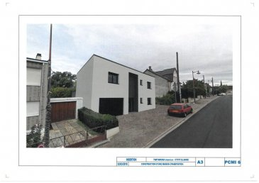 BELARDIMMO vous propose à vendre à Illange (Thionville) une maison en construction de 148m2 habitables avec un terrain d'une surface de 3a11ca.  La maison construite sur deux niveaux se compose ainsi :  * au rez de chaussée:  - un grand hall d'entrée - une grande cuisine de 31 m² ouverte - séjour de 28 m² avec accès direct sur la terrasse - WC séparé - chaufferie - buanderie   * au premier étage :  - 1 suite parentale de 28 m² avec sa salle de bain privative - 2 chambres ( 12 m²   12 m²)  - 1 salle de bain de ( 9 m² )  - WC séparé  La maison est équipée de chauffage au sol, elle est très bien isolée et elle est construite avec des matériaux de qualité.   La maison dispose également d'un grand garage de  30 m².  Elle sera livrée finie en juin 2020  Il est possible de réserver la maison en avance et effectuer le reste du paiement en fin de travaux.  Frais de notaires réduits !!!  Pour toutes informations complémentaires veuillez vous adresser à Monsieur PACI au  352 661572502   Ref agence :JP156