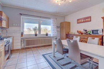 Youssef TOURMINE, RE/MAX Partners, spécialiste de l'immobilier à Dudelange, vous propose en exclusivité cette maison mitoyenne, idéalement située à proximité du centre de la ville.  Elle dispose d'une surface habitable de 131 m²  pour environ 178 au total. Sise sur une parcelle de 4,68 ares, la maison se compose comme suit :  -Au rez-de-chaussée: hall d'entrée, un salon de 19 m² et une cuisine de 20 m²  -Au 1er étage: deux grandes chambres de 17 et 20 m², et une salle de douche  -Au 2ème étage : 2 chambres de 12 m² et 13 m² au sol, et un WC séparé  -Un sous-sol d'environ 28 m²  Extérieur: 2 emplacements de parking privés derrière la maison et un jardin.  Caractéristiques supplémentaires: Façade rafraîchie il y a 1 an, châssis double vitrage changés il y a 4 ans. Proche de toutes commodités.   Disponibilité à convenir.  Contact: Youssef TOURMINE au +352.621.157.543 ou youssef.tourmine@remax.lu  A visiter sans tarder !   Ref agence :5095822