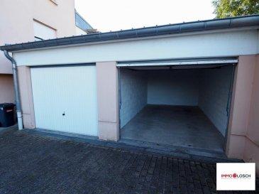Garage à louer<br><br>Sis à Dudelange<br><br>Disponible de suite<br><br>2 mois de caution : 300€<br><br>Frais d\'agence : 175,50€ TTC 17%<br />Ref agence :1212981