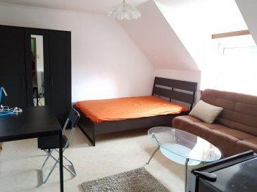 ENGLISH VERSION BELOW      A 2 pas du KIRCHBERG, de l'AEROPORT, et du CENTRE-VILLE, A LOUER CHAMBRE MEUBLEE de 15m² environ située au 2ème étage dans  petite COLOCATION.  La chambre meublée est agréable à vivre et se situe au 2ème étage. Au RDC, Cuisine équipée commune pour les 6 chambres. Au 1er étage 3 chambres meublées et leur salle de bain n°1. Au 2ème étage, 3 chambres meublées et leur salle de bain n°2. Au sous-sol, buanderie commune.  Toute la colocation bénéficie d'un accès à une terrasse et un jardin au calme sur l'arrière! Idéal pour un repas entre amis.  A votre disposition, un équipement complet :  - 1 lit double (si possible) - bureau avec chaise, - armoire-penderie, - chaises, TV, - linge de lit, - WIFI inclus.  A PARTAGER EN COMMUN : - une cuisine équipée - une salle de bain avec WC.  Chaque locataire peut S'INSCRIRE OFFICIELLEMENT À LA COMMUNE COMME RÉSIDENT.     LOYER  CHARGES forfaitaires TOUT INCLUS: 750 EUR/mois (eau C F, chauffage, INTERNET, électricité privée et partie communes, poubelles et taxes communales)   CAUTION : 1 mois   Disponibilité : 1er JUIN 2020   Frais d'agence : 877,50 EUR TTC  A VISITER RAPIDEMENT!  Idéalement situé à 2 pas de : - Kirchberg, Clausen, Cents, Hamm, (FERRERO, NORDEA, CARGOLUX, SNHBM...) - centre-ville, - aéroport du FINDEL.  A proximité de: - bar, café, restaurant, épicerie, boulangerie, banques, pressing... - Rives de Clausen... - arrêt de bus (ligne 9 etc...) et autoroutes.  Selon la disponibilité, la taille et l'agence des chambre peut changer. Les photos ne sont pas contractuelles. Ref agence :L_chbrM_neudorf2eme                                                   Just beside to the KIRCHBERG, AIRPORT, and DOWNTOWN, TO RENT FURNISHED ROOM of 15m ² located on the 2nd floor in small COLOCATION.  The furnished room is pleasant to live and is located at the 2nd floor. Ground floor, shared kitchen for the share hous of 6 bedrooms. On the 1st floor 3 furnished rooms and their own bathroom n ° 1. On the 2nd floor, 3 fu