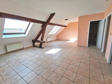 JOUY-AUX-ARCHES, Grand'Rue  4 Pièces avec 3 chambres, une cuisine séparée, une salle de bains et WC  Chauffage individuel au gaz   Disponible immédiatement   Loyer : 600 € Pr/ch : 50 €  Frais d'agence : 65.32 m² x 11 € = 718.52 €