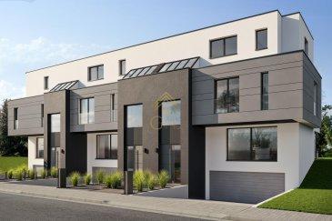 Nouveau projet Immobilier de 3 maisons individuelles en bande à Bridel.  Venez découvrir chez REAL G IMMO cette spacieuse maison de +/- 210m² de surface habitable en état de futur construction sur un terrain de 2,20ares.  Dotée d\'une architecture contemporaine avec notamment un ascenseur desservant chaque étage, cette propriété offrira des prestations de haut de gamme tout en préservant l\'environnement.  Construite selon les normes de consommation basse énergie AA, vous retrouverez des matériaux tels que :  - Triple vitrage en aluminium avec volet électrique,  - Pompe à chaleur,  - Chauffage au sol,  - Système de ventilation double flux,  - Toiture plate.  Située dans un cadre verdoyant au Biergerkraeis, une rue sans issue où vous pourrez profiter de belles balades en forêt.  La situation vous permet également d\'accéder rapidement aux axes routiers et aux différentes commodités.  Cette maison clés en main se compose comme suit:  Au Sous-sol:  - 2 emplacements de stationnements extérieur,  - un local technique,  - un local buanderie,  - une cave,  - un local débarras,  - garage pour 3 voitures.  Au RDCH :  - un hall d\'entrée,  - WC séparé,  - un séjour,  - une salle à manger,  - une cuisine donnant accès à une terrasse de +/- 22m² et un jardin exposé Sud.   Au 1er étage :  - 3 chambres à coucher,  - une salle de bain,  - une salle de douche.  Au 2ième étage :  - suite parentale (salle de bain et dressing)  - une terrasse de +/- 22m².  Pour plus de renseignements ou présentation du projet, nous restons à votre disposition au 28.66.39.1. ou par mail à info@realgimmo.lu  Les prix s\'entendent frais d\'agence de 3 % TVA 17 % inclus.   Les visites ont repris, et nous sommes heureux de pouvoir à nouveau vous revoir ! Notre équipe sera équipée de gants et de masques afin de vous recevoir ou vous faire visiter nos biens en toute sécurité.  Ref agence :B73114