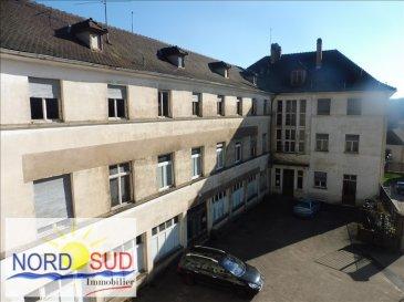 spécial investisseur :<br /><br /> A saisir sur BITCHE : Immeuble offrant 1 lot d\'environ 585 m² à réhabiliter, comprenant trois niveaux&period;<br />Ce bien offre la possibilité de créer plusieurs appartements, combles aménageables&period;<br /> dpe non réalisé&period;<br />Nord Sud Immobilier<br />BITCHE au  03 87 27 01 80<br /> Rohrbach 03 87 96 33 84 <br /> Sarreguemines 03 87 02 83 36<br />et sur www&period;nordsud-immobilier&period;fr