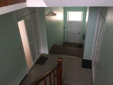 APPARTEMENT A RENOVER. BAISSE DE PRIX :<br/>dans petite copropriété nous vendons un  Appartement de 65m² à rénover , situé au 2ème étage composé de 4 pièces, cuisine, salle de bain, cave. <br/><br/>Double vitrage, PVC.<br/><br/>A SAISIR